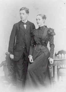 Sigurd mit Schwester Gisela Edith v. Bismarck